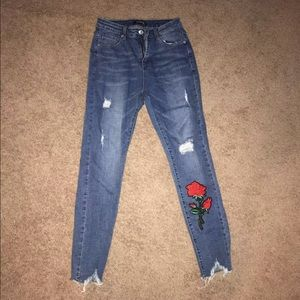 Vintage rose embroidered distressed jeans